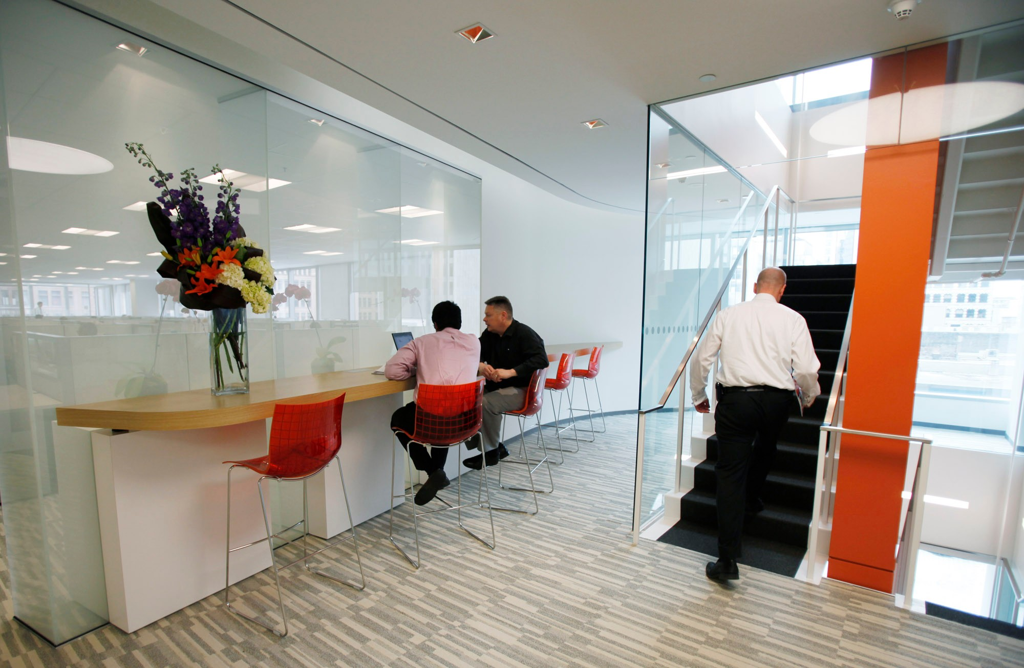 Thomson Reuters Toronto Canada office seating