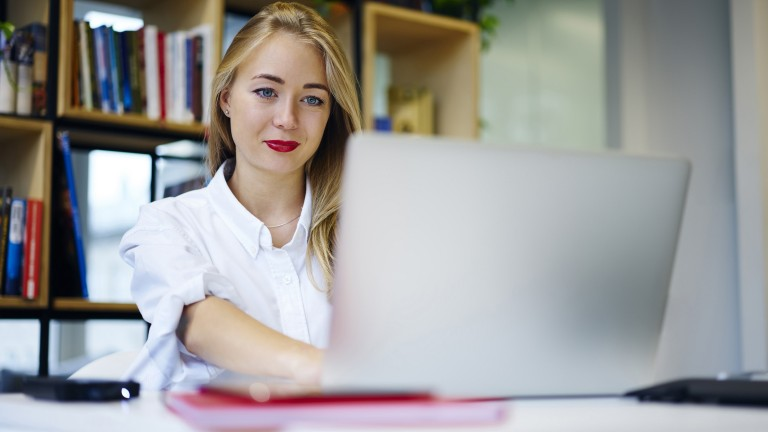 blonde-female-using-laptop