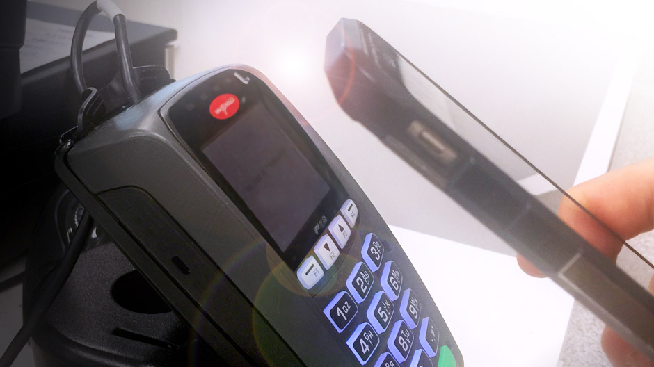 Phone and payment device